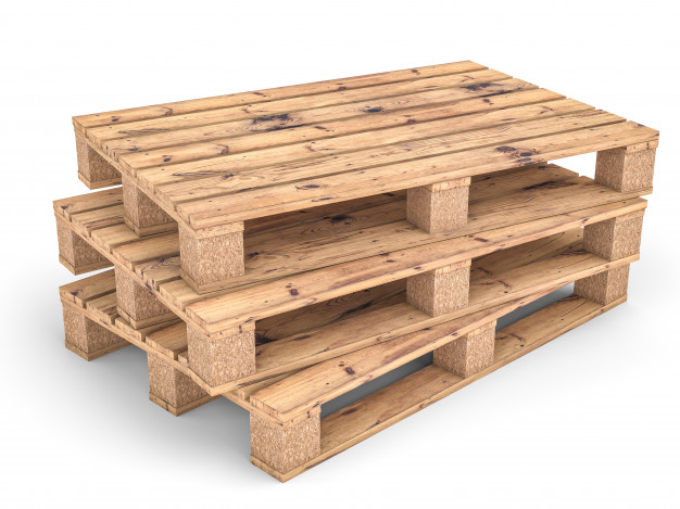 Wood versus Plastic Pallets